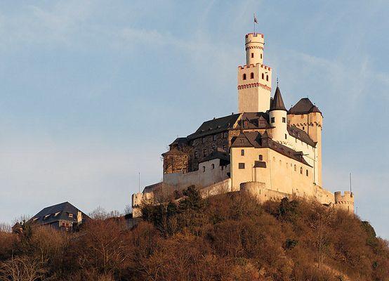 Marksburg über Braubach