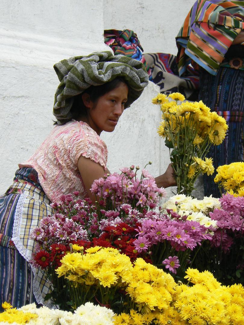 Marktfrau in Chichicastenango, Guatemala