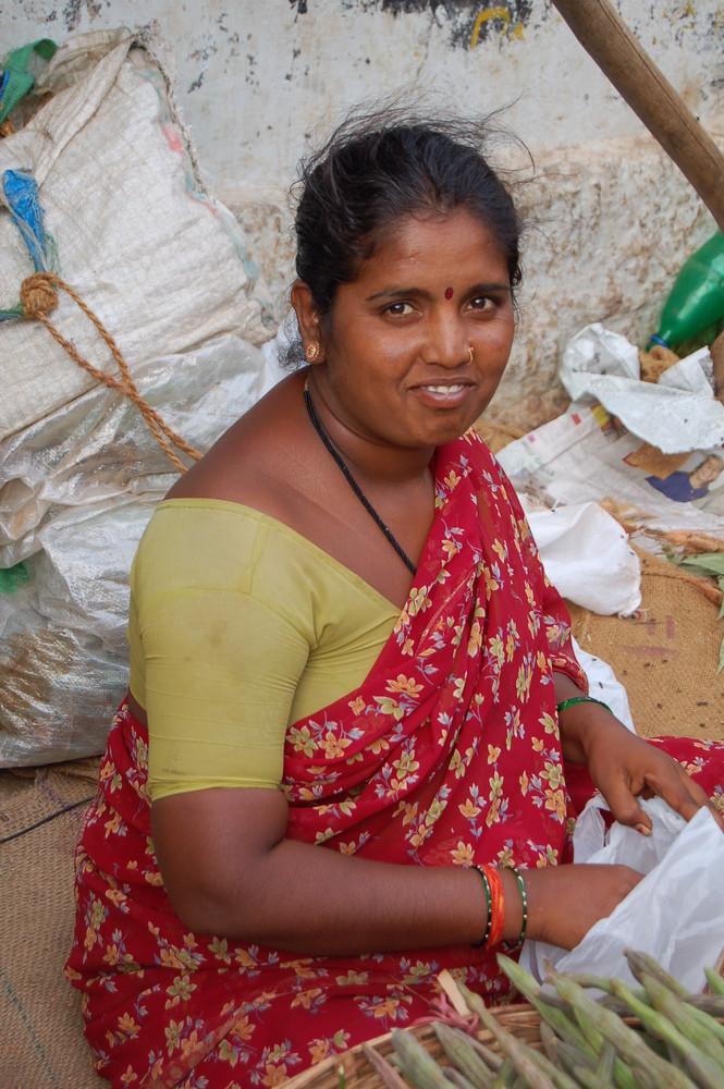 Marktfrau in Indien