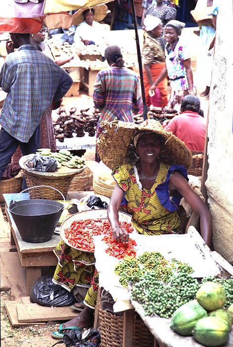 Marktfrau in Kumasi
