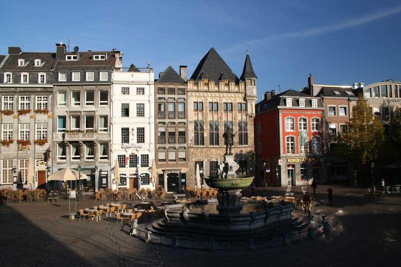 Marktplatz aachen foto bild architektur for Architektur aachen