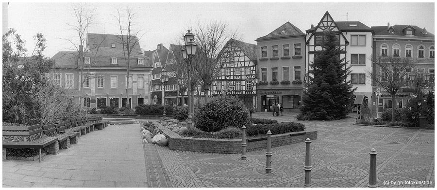 Marktplatz in Ahrweiler (Teilansicht)