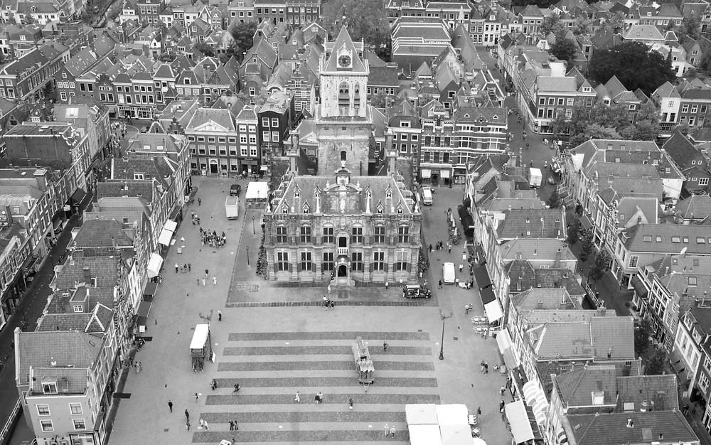 Marktplatz von Delft in Holland