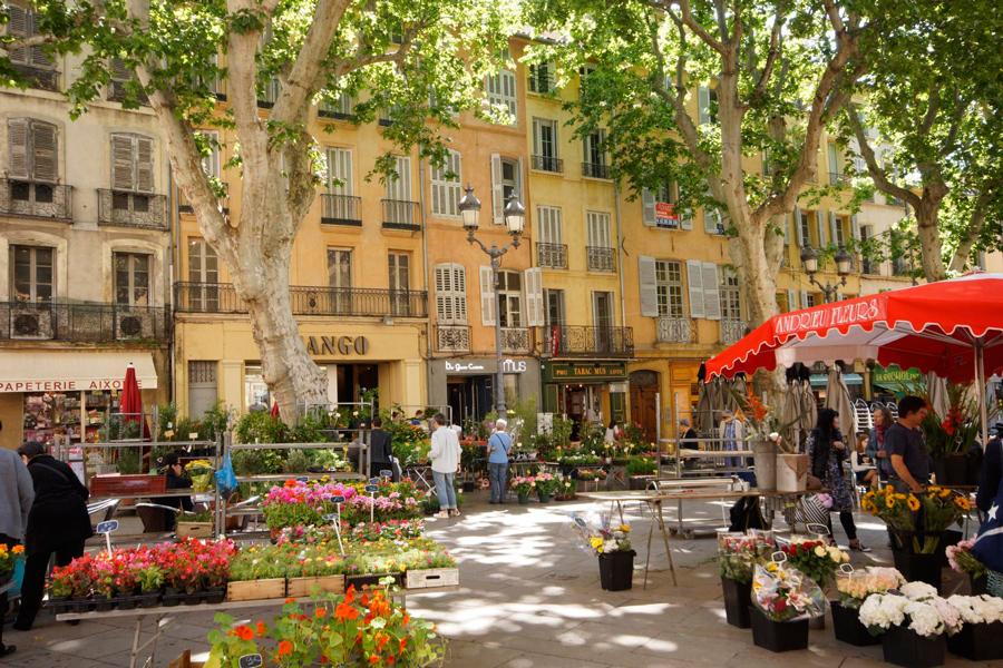 Markttag in Aix en Provence
