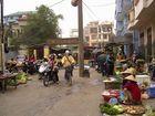 Markttreiben im Wohnviertel