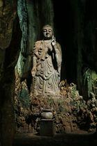 Marmorberge, Buddhastatue