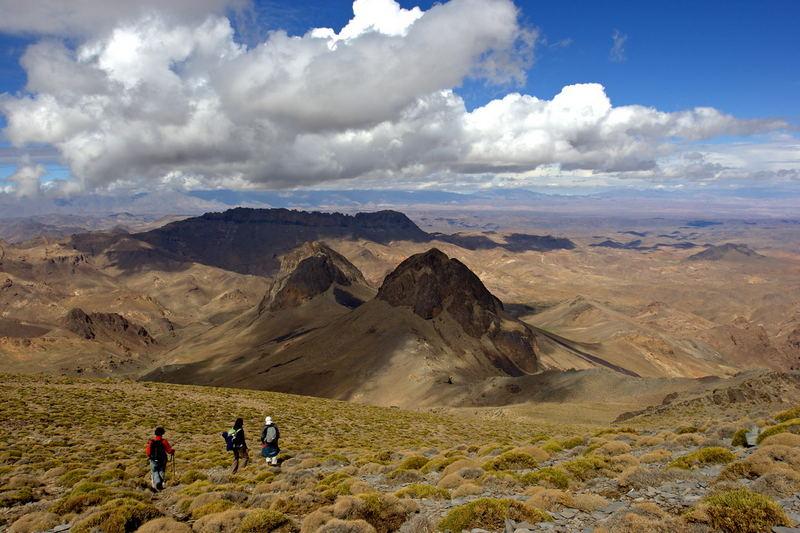 maroc - Moyen Atlas - descente du mont Siroua