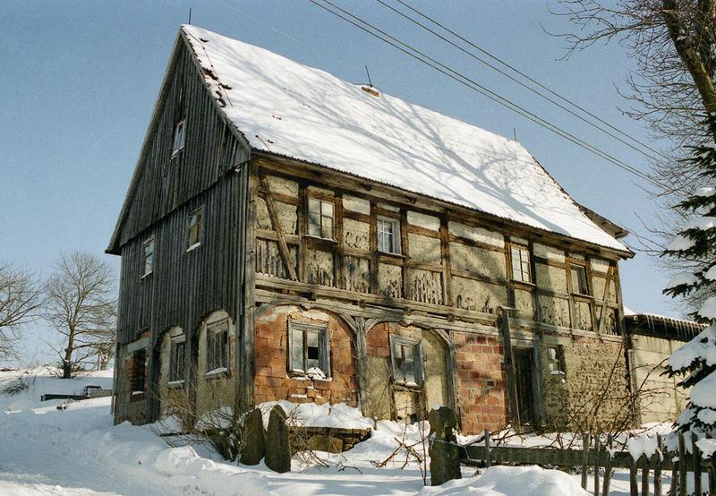 marodes haus in langburkersdorf bei neustadt sachsen foto bild architektur lost places. Black Bedroom Furniture Sets. Home Design Ideas