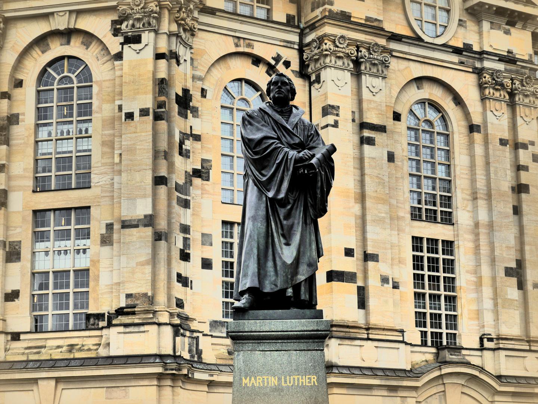 Martin Luther, Denkmal vor der Dresdner Frauenkirche