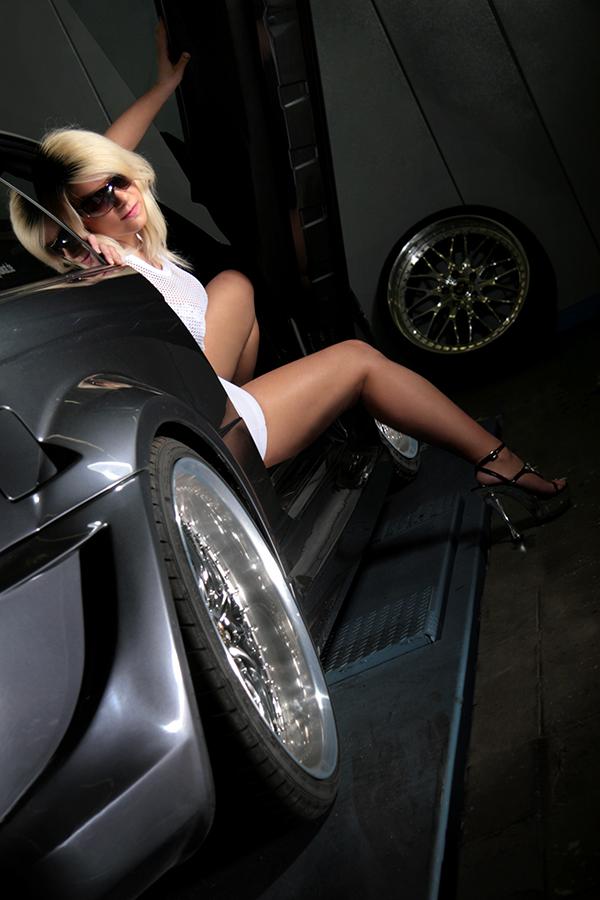 Martina Big - Werbeaufnahmen bei XTR CarChip Tuning