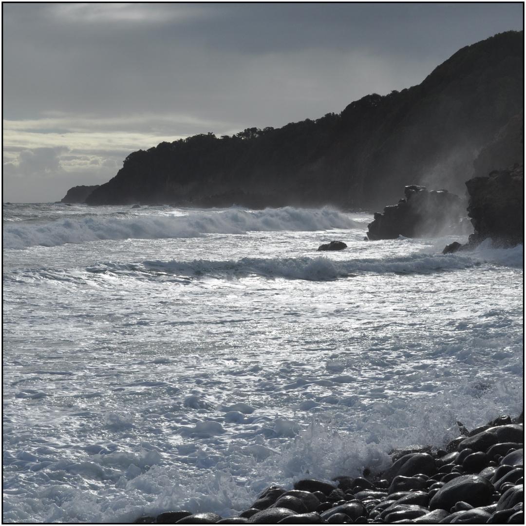 MARTINIQUE - OCEAN DECHAINE AU LORRAIN