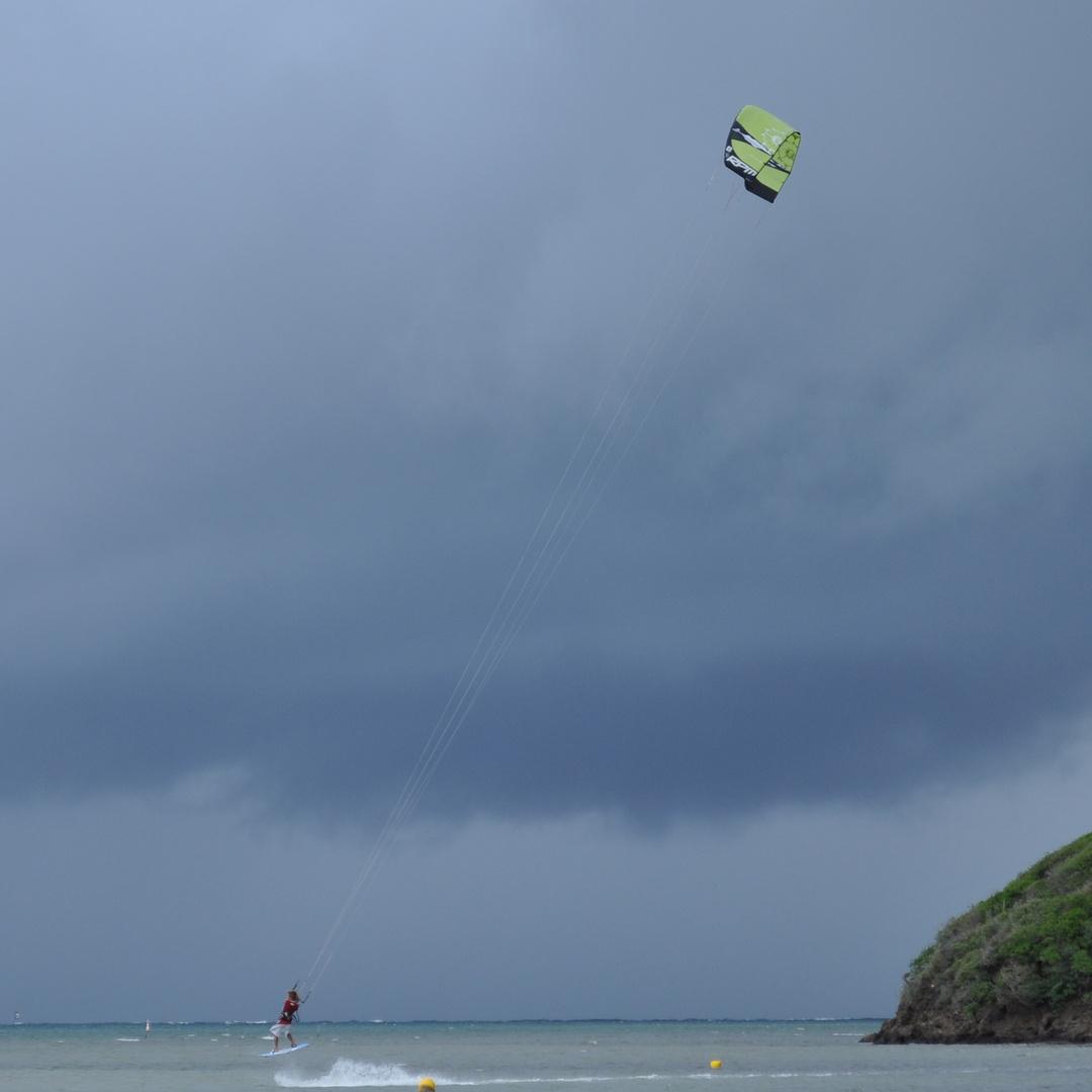 MARTINIQUE - SKY SURF