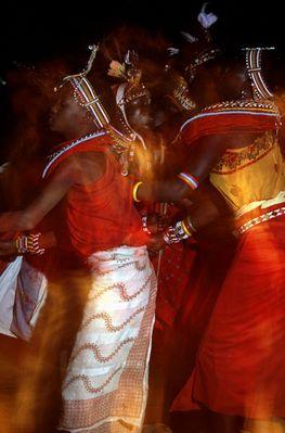 Masai dancing2