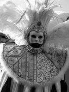 maschera in B/N