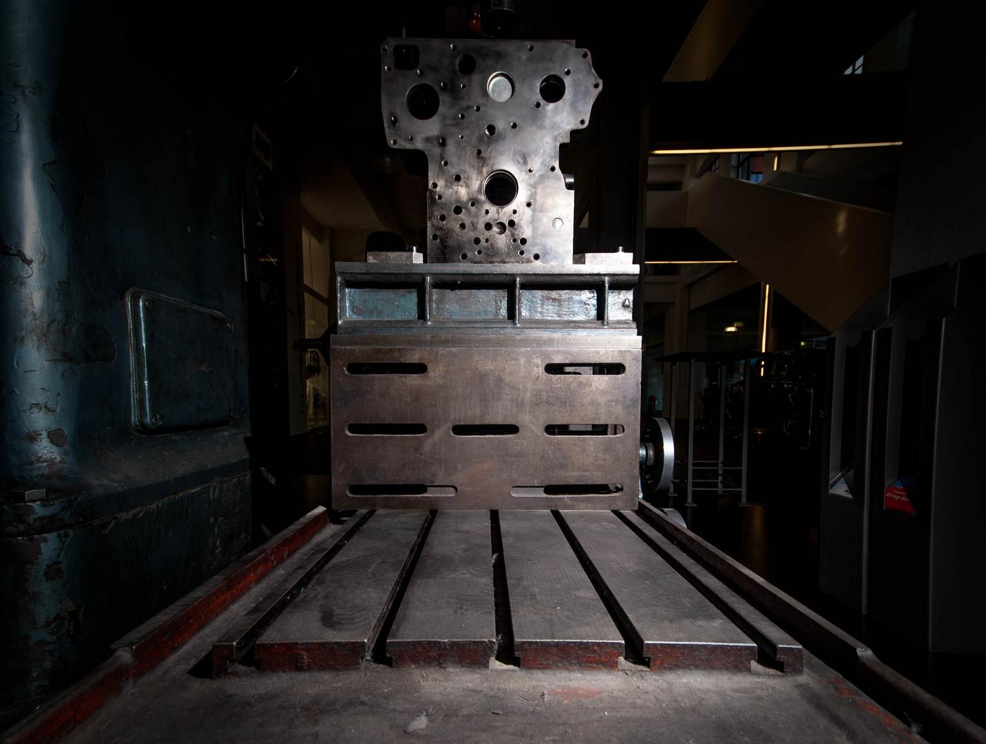 Maschinenbett