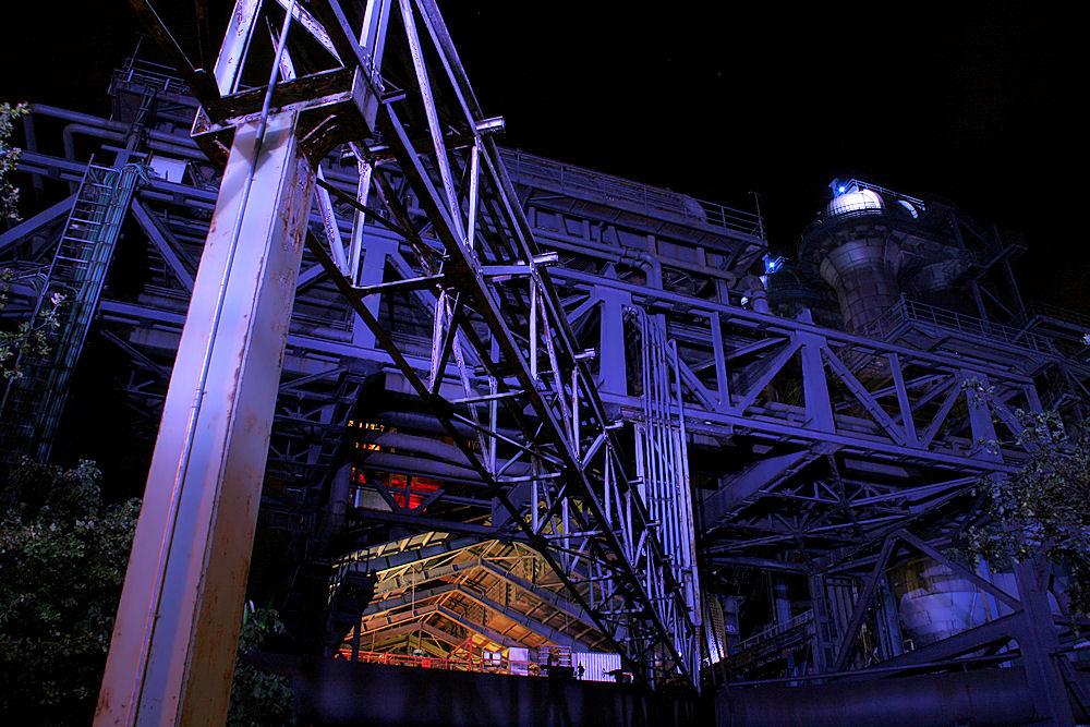 Maschinenhaus und Rohrbrücke