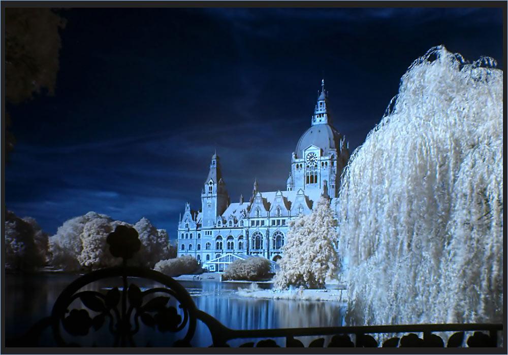 Maschteich mit Rathaus