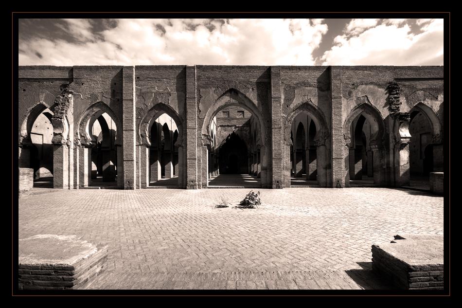 masjid-o-iamaa