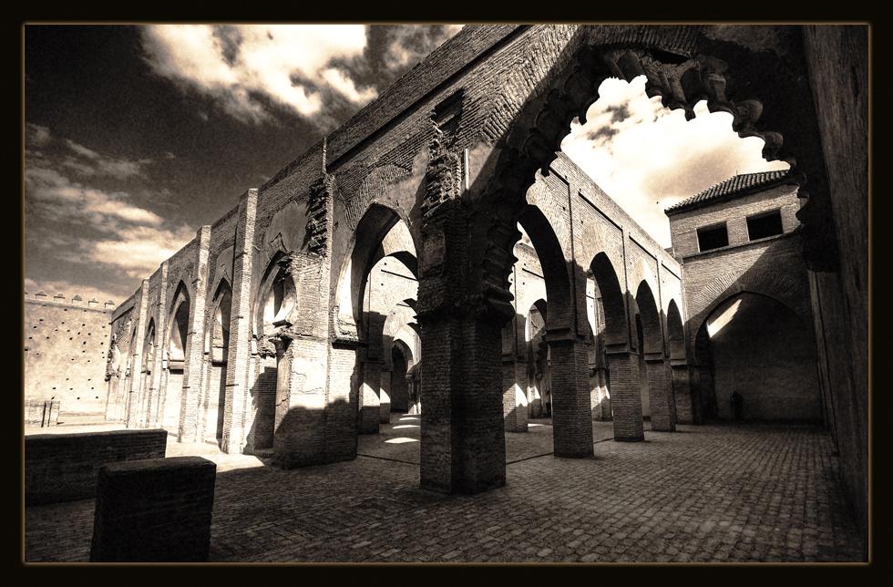 -masjid-o-iamaa-