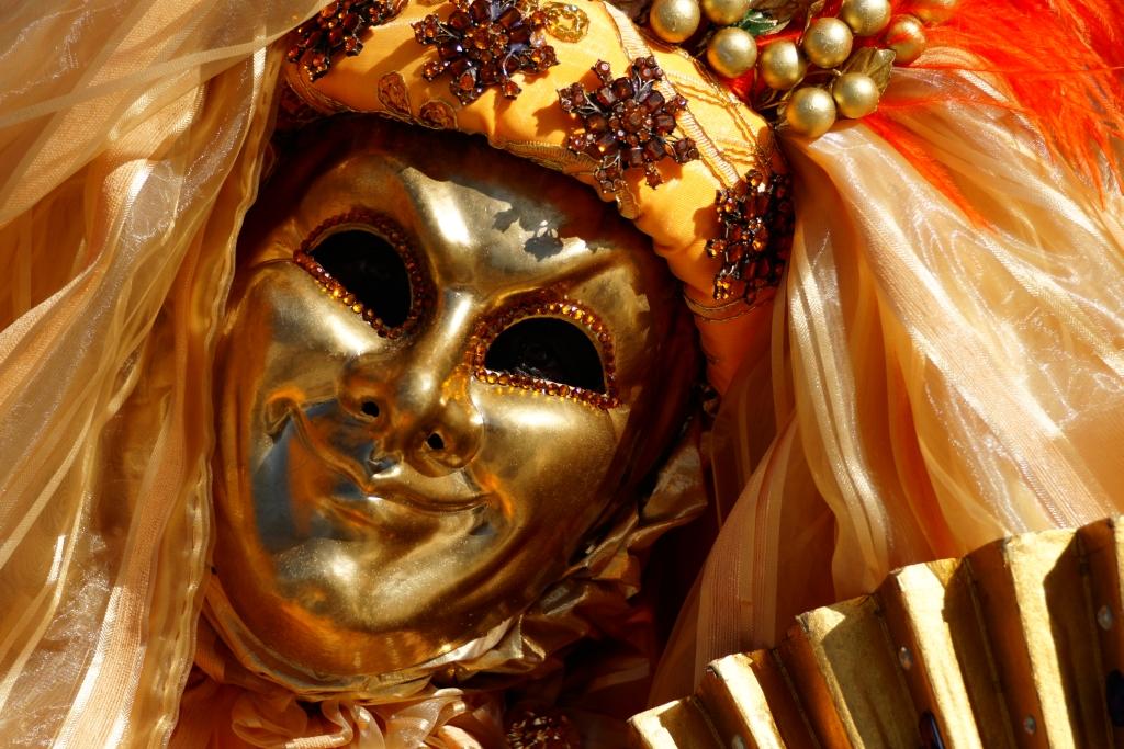 Maske Golden