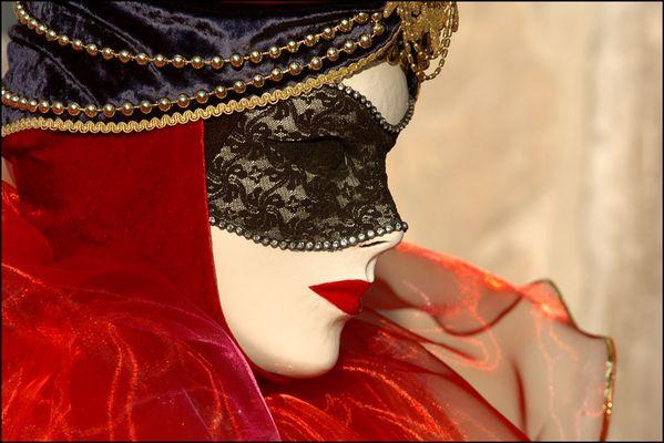 Maske III