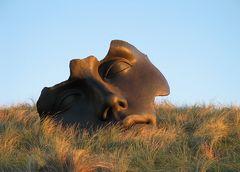 Maske in den Dünen