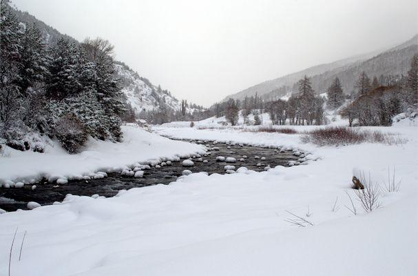 Matin d'hiver au bord de l'eau