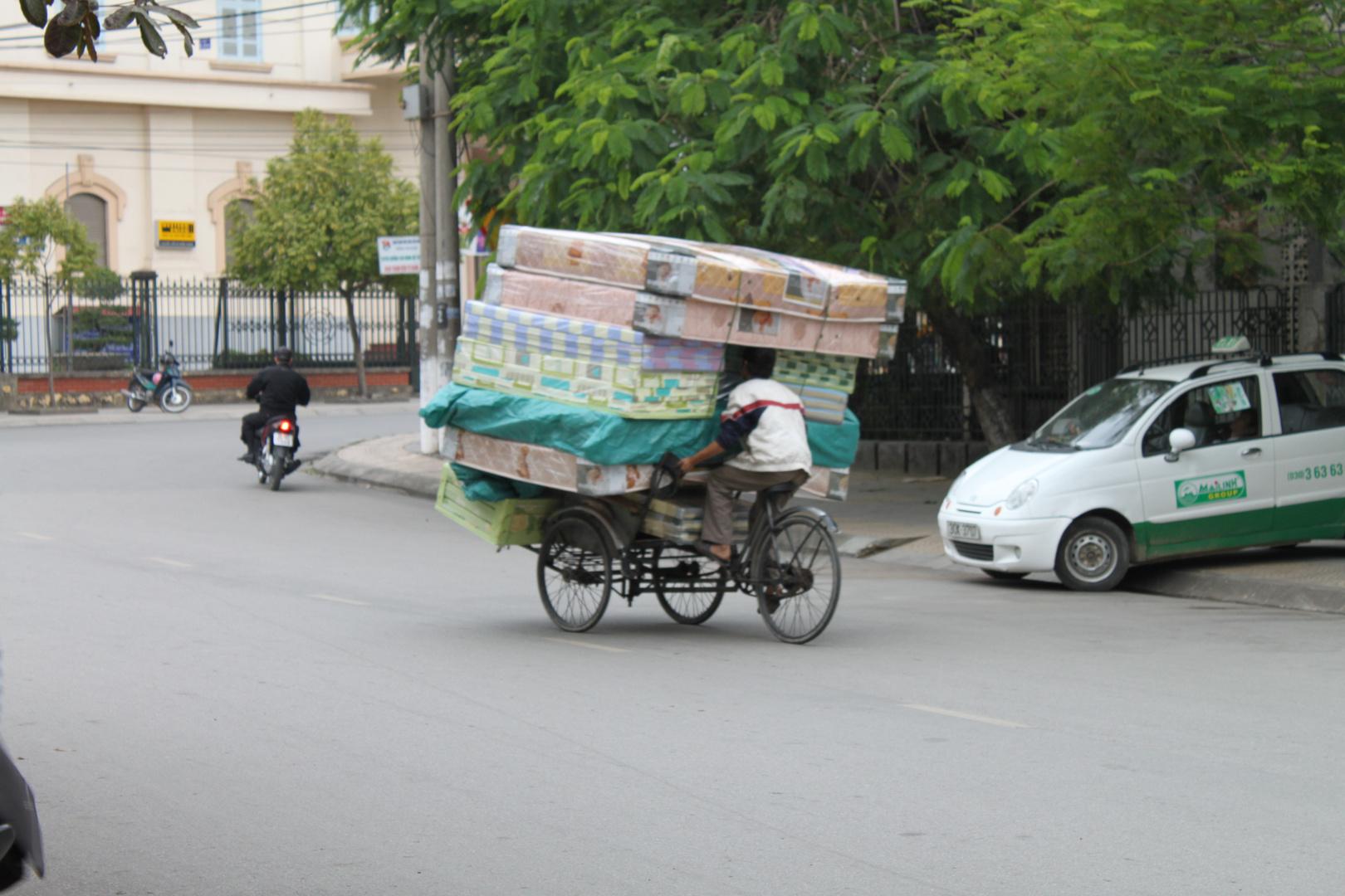 Matratzentransport in Vietnam