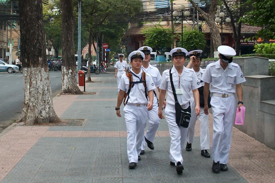 Matrosen auf Landgang in Saigon
