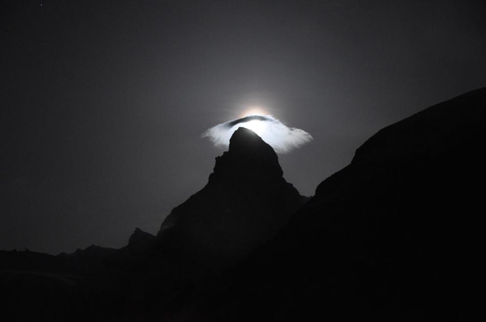 Matterhorn bei Vollmond