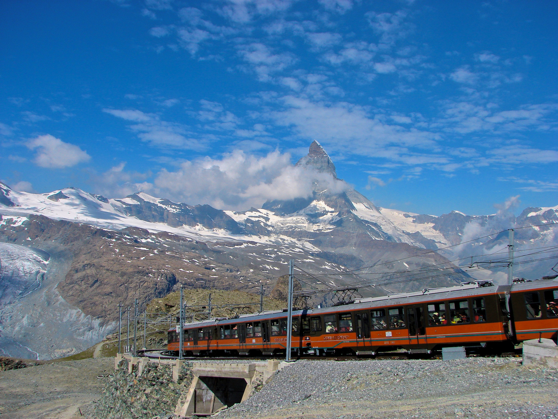 Matterhorn mit der Gornergrat-Bahn