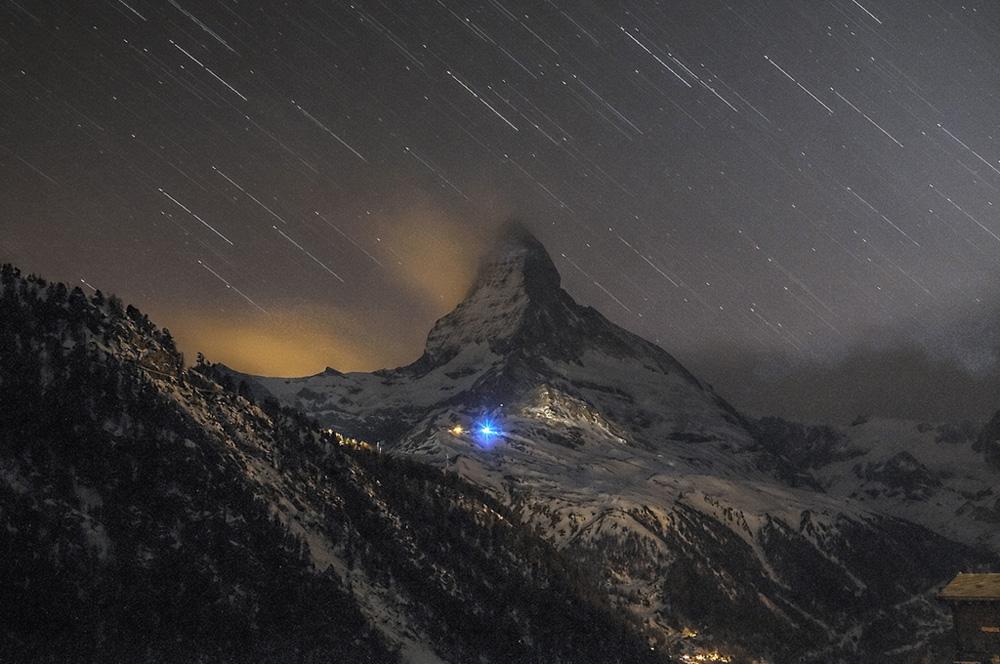 Matterhorn mit Sternen