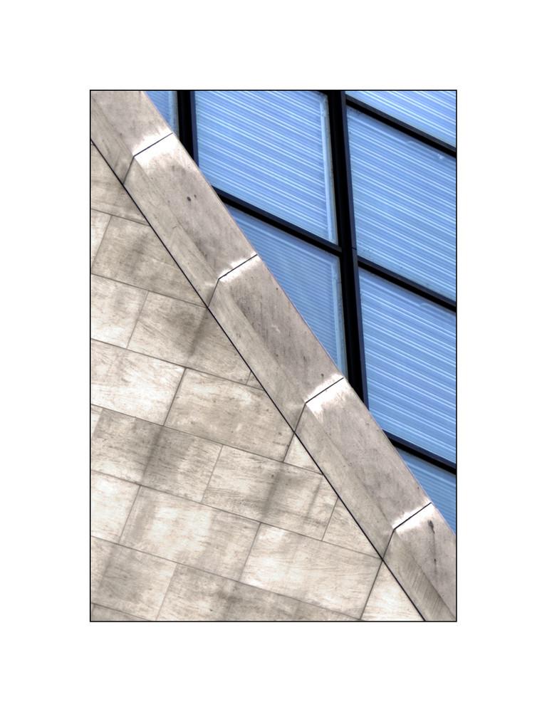 ~~~ Mauer und Glas ~~~