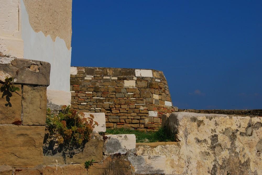 Mauern um die St.Georgskirche Piran