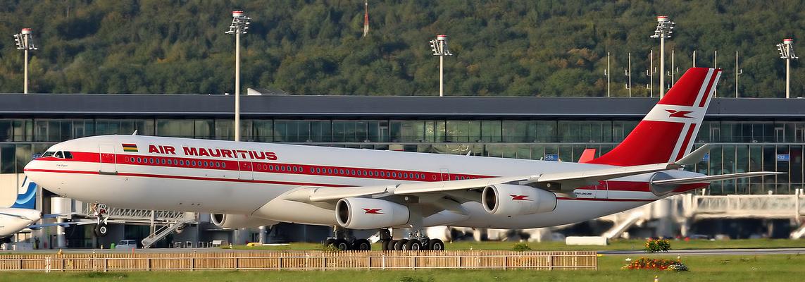 """Mauritius A340-300 Panorama """"Ich möchte mit fliegen, da soll es schöne Strände geben :-)"""""""