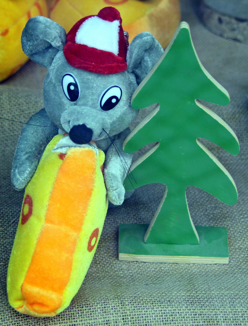 Maus mit Tannenbaum