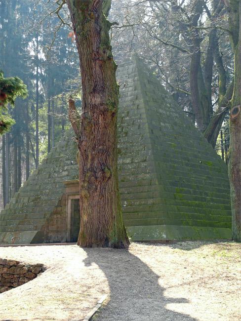 Mausoleum Derneburg (Nds.)