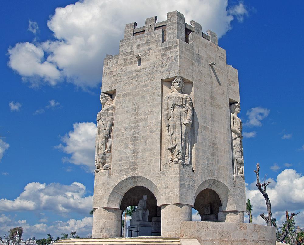 ..Mausoleum Marti..