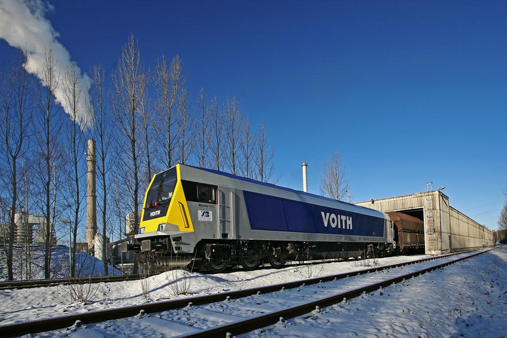 Maxima 40 CC, stärkste dieselhydraulische Lok der Welt in Kiel unterwegs.