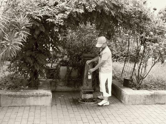 maxime et la fontaine au lac de come