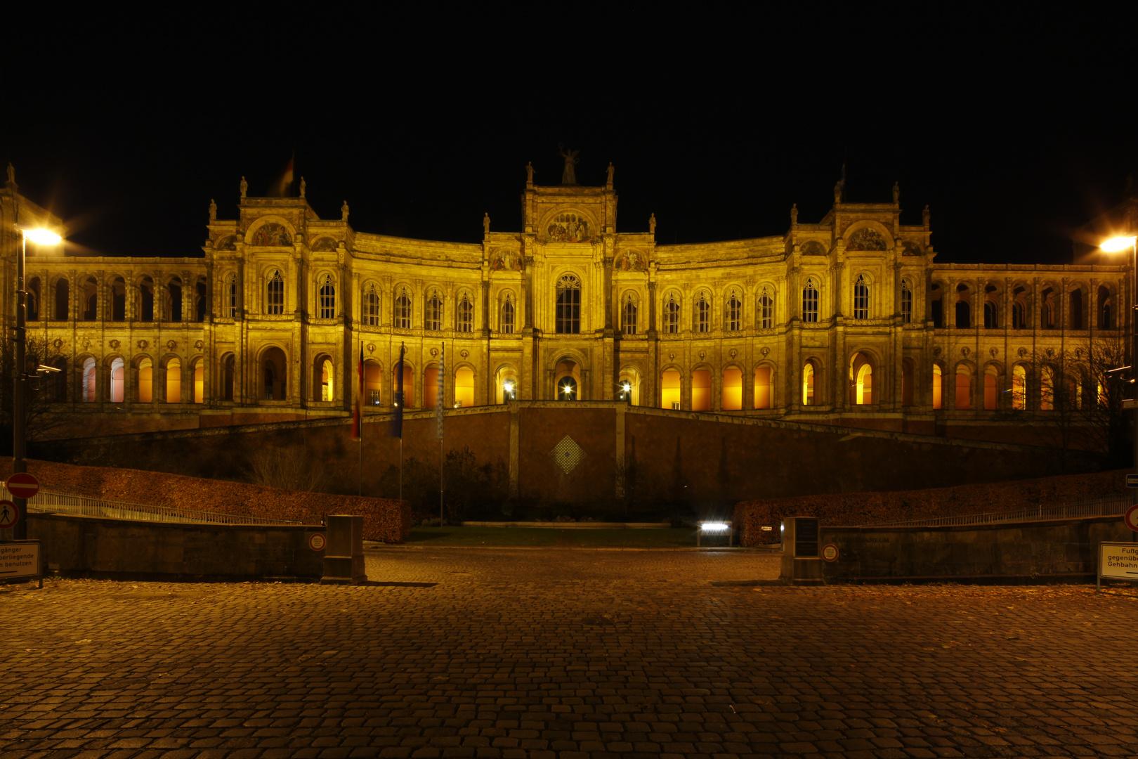 Maximilianeum - Bayerischer Landtag mit Tilt-Shift