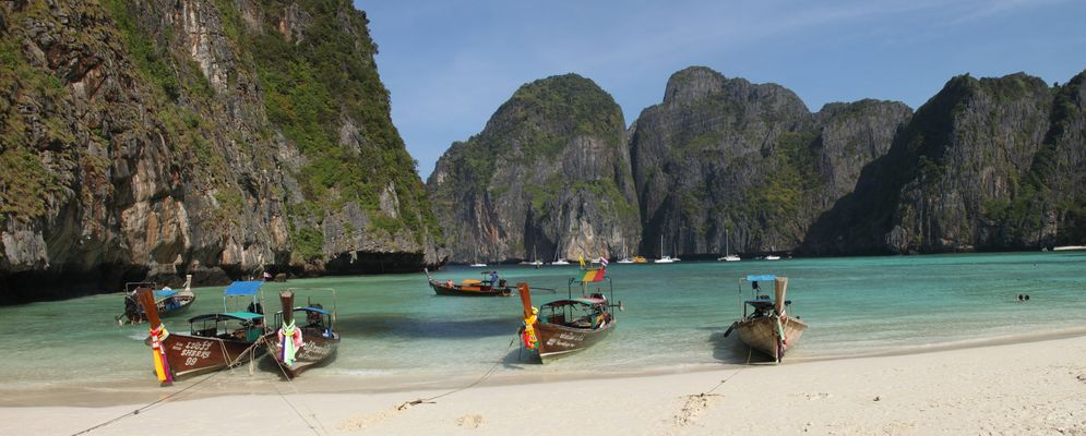 Maya Bay - Phi-Phi Lee - Thailand
