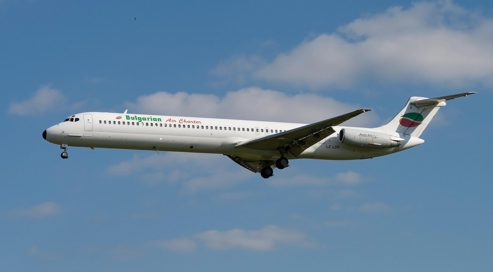 MD-82 in Hamburg erwischt.
