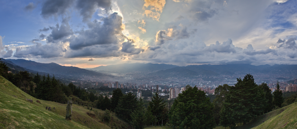 Medellin - Tormenta - Panoramico
