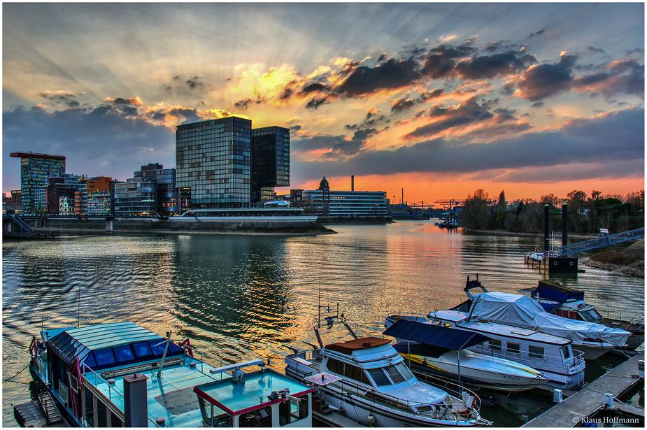 Medienhafen am Abend -05