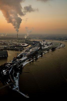 Medienhafen am Rhein