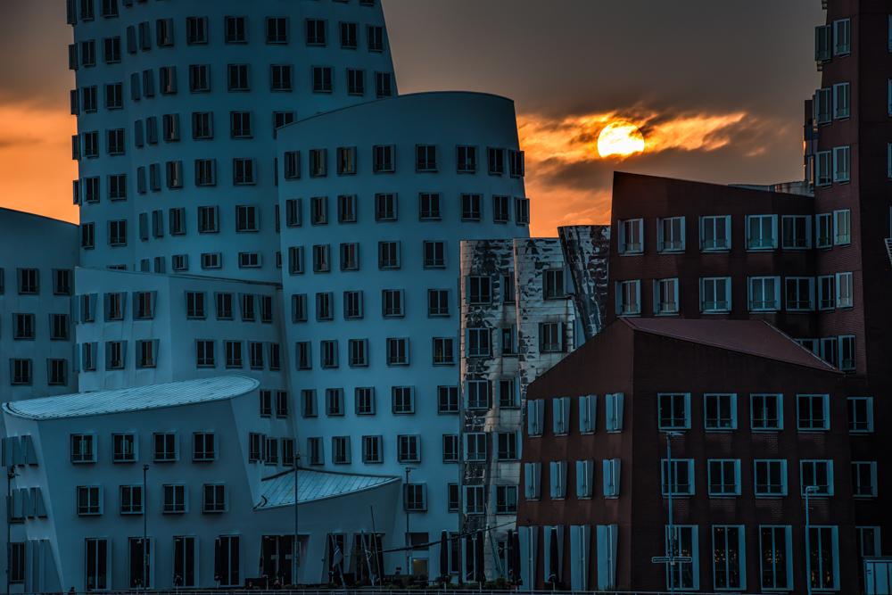 Medienhafen - sun rise