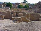 Medinet Habu Nord-West Seite – Tempelreste der Pharaonen Eje und Haremhab