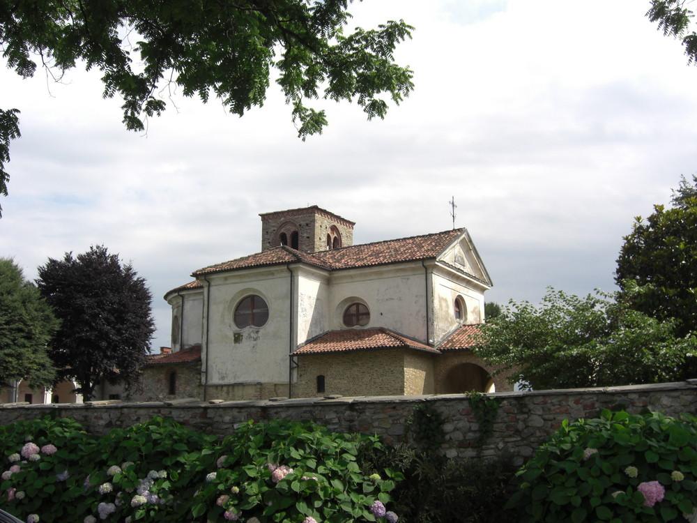 Medioevo in Piemonte, Abbazia Santa Maria di Cavour-TO