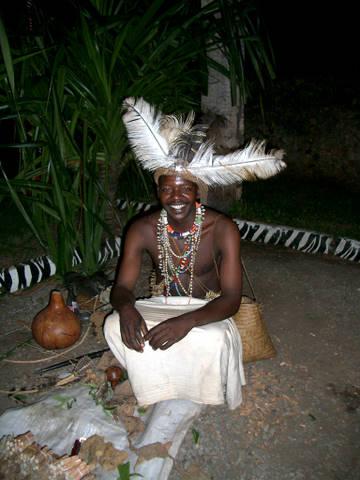 Medizimann in Kenia